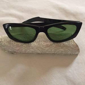 Vintage Ray Bans Cat Eye with case